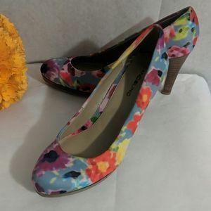 Bandolino multi colored heels Sz 8.5